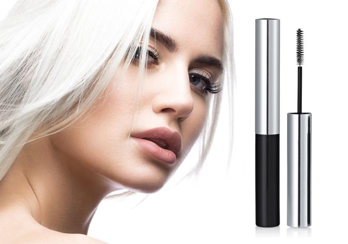 The Super Slim Mascara is ideal for defined lash application