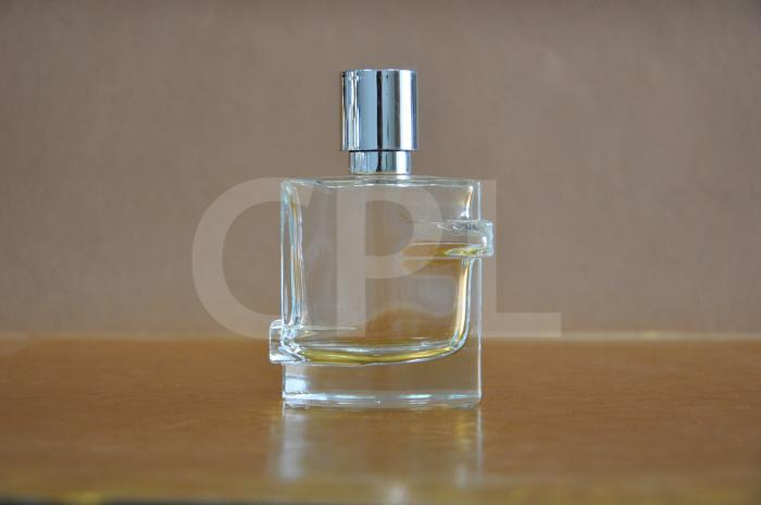 Glass perfume bottle - CPF-14