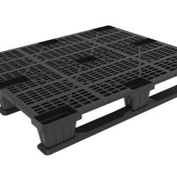 Intermediate Industrial Pallet with Runners