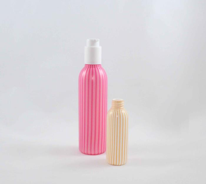 250 ml and 80 ml HDPE bottles with Bi-injection colors