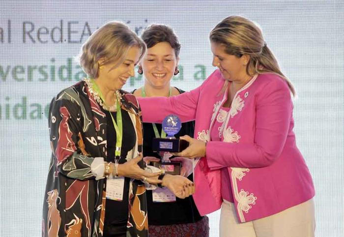 Smurfit Kappa wins top Latin American CSR award for Community Transformation