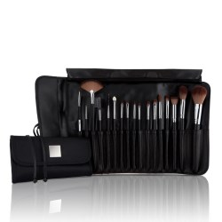 Make-up brushes and applicators
