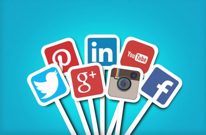 The future of the social media market and the position of cosmetics companies