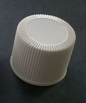 Screw cap PP, ø 24, white, childproof CRC, second version millerighe, with PE liner 1,5 mm