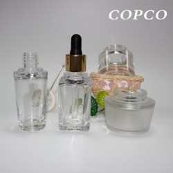 Copcos elegant thick-walled PET bottles