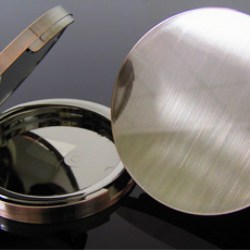 Brushed metal compacts, an elegant solution by Fancy & Trend