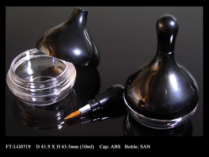 Lip Gloss Bottle: FT-LG0719