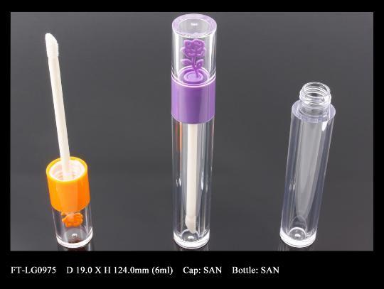 Lip Gloss Bottle: FT-LG0975