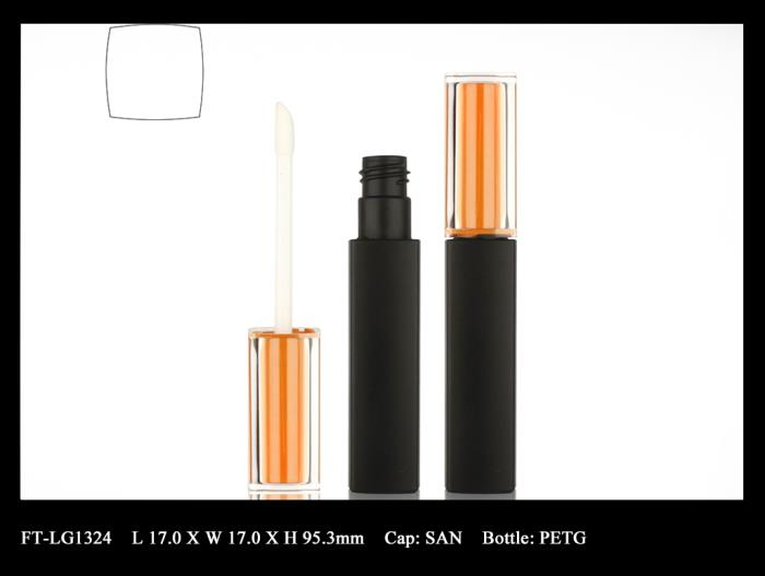 Lip Gloss Bottle: FT-LG1324