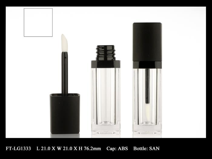 Lip Gloss Bottle: FT-LG1333