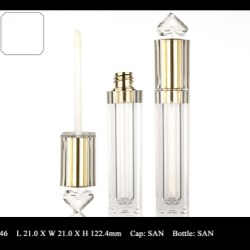 Lip Gloss Bottle: FT-LG1346