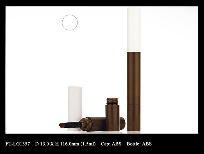 Lip Gloss Bottle: FT-LG1357
