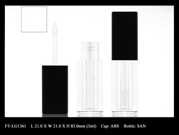 Lip Gloss Bottle: FT-LG1361