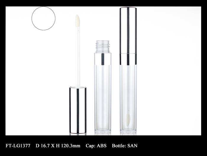 Lip Gloss Bottle: FT-LG1377