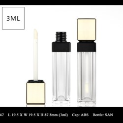 Lip Gloss Bottle: FT-LG1547