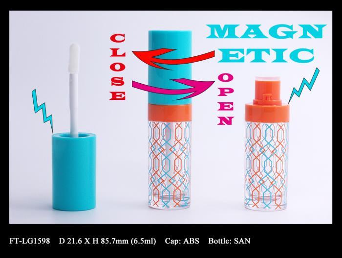 Lip Gloss Bottle: FT-LG1598 (Magnetic closure)