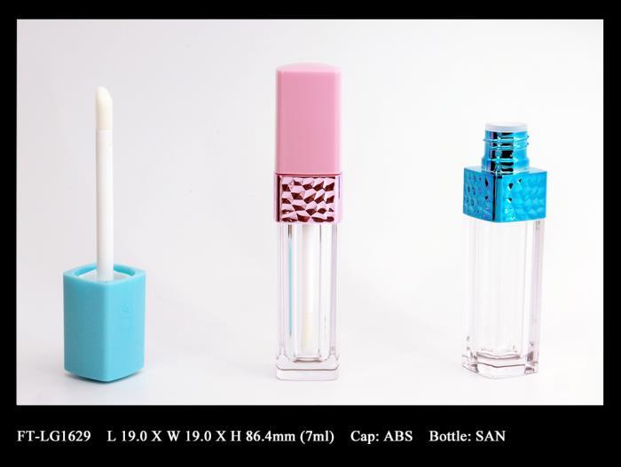 Lip Gloss Bottle: FT-LG1629