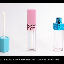 Lip Gloss Bottle: FT-LG1629