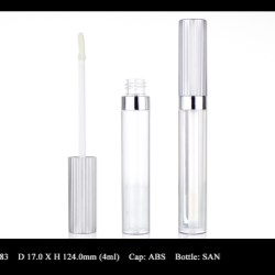 Lip Gloss Bottle: FT-LG1583