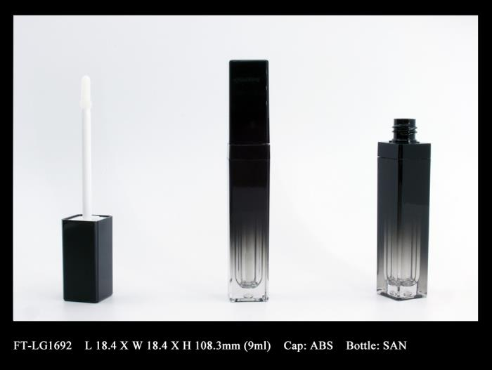 Lip Gloss Bottle: FT-LG1692