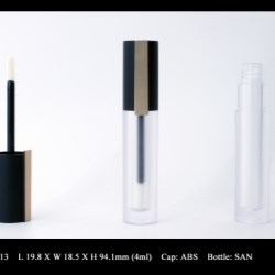 Lip Gloss Bottle: FT-LG1713