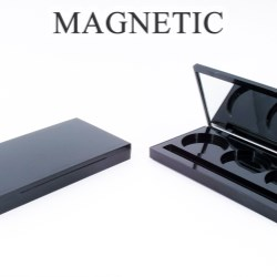 Rectangular palette compacts with magnetic closure