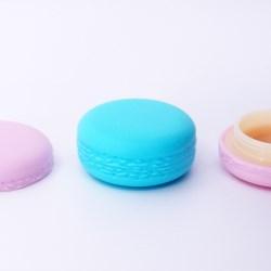 Macaron jars