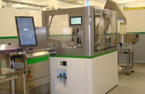 New TEM slitting and folding machine for caps at Drinktec