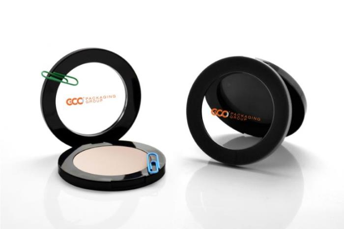 GCC-face-powder-compact-with-window-on-the-lid-magnetic-closure