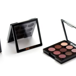 Makeup Compact with Square Frame