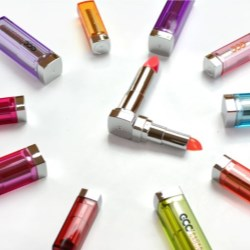 Lipgloss & Lipstick Packaging with Vivid and Vibrant Colors