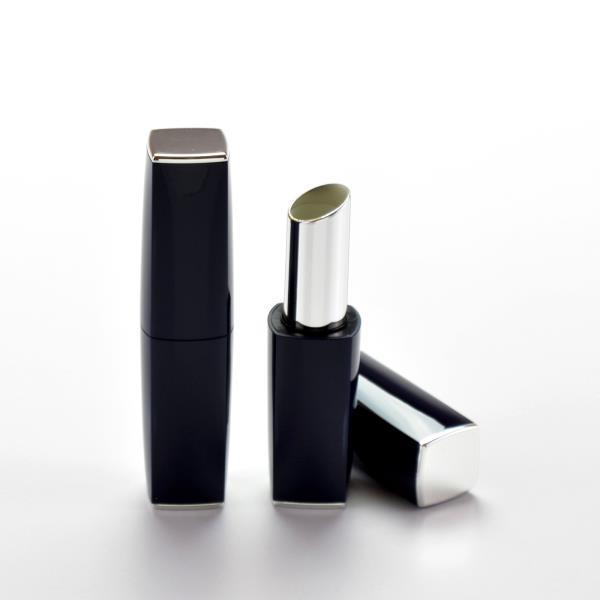 Magnetic Lipsticks