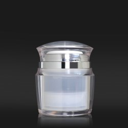 S Packs new airless jar provides an extremely precise 1.5ml per dose