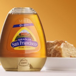 Zeller Plastik Spain optimizes valve dispensing for Granja San Francisco Honey