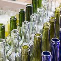 Key benefits of glass bottles to package food and beverage items