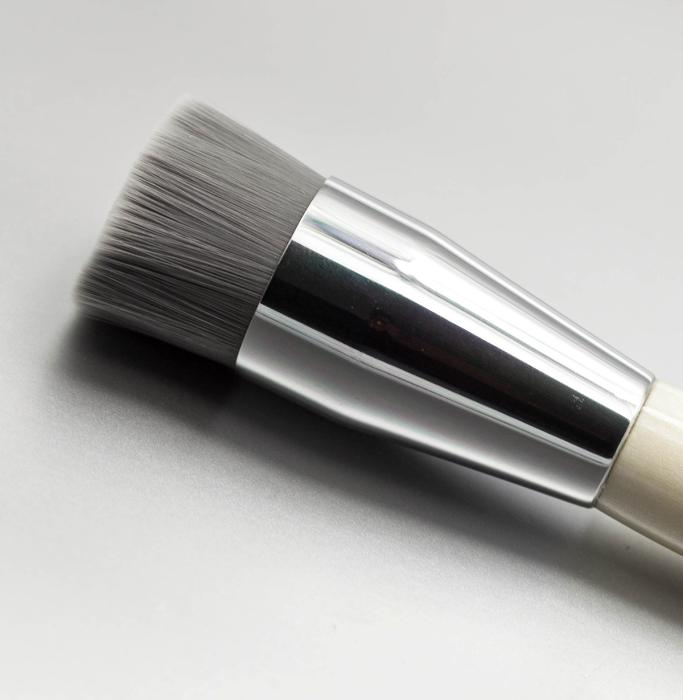Cosmogens antibacterial Charcoal Brush