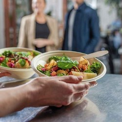 Stora Enso and Tingstad launch unique formed fiber food service bowls